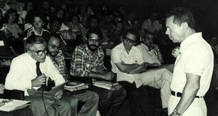 Odelar Leite Linhares no 1ro Simp. Nacional de Cálculo Numérico, Belo Horizonte (MG), 1978 – Foto: Museu de Computação do ICMC